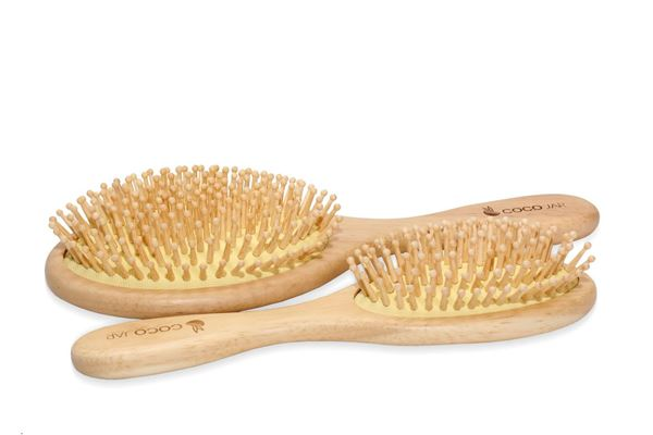 Picture of Bamboo Hair Brushes  - Round Shape (Handle Material: Oak ,  Tootch Material: wood bristle )